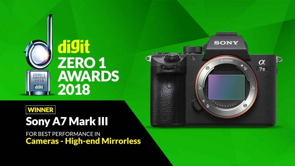 13-Zero1_Awards_Cameras_High-end-Mirrorless_Dec2018_Sony-A7-Mark-III-960x540.jpg